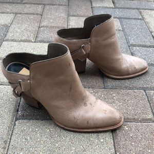 Dolce Vita shoes 8.5